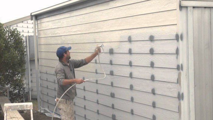 How to spray paint a house
